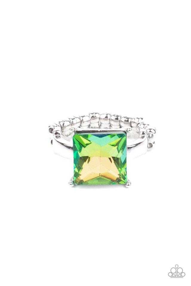 Ready For My Coronation - Green - Paparazzi Ring Image