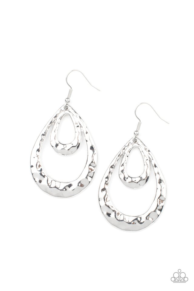 Museum Muse - Silver - Paparazzi Earring Image