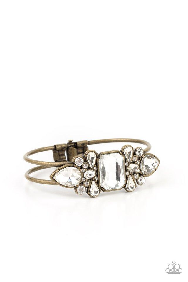 Call Me Old-Fashioned - Brass - Paparazzi Bracelet Image