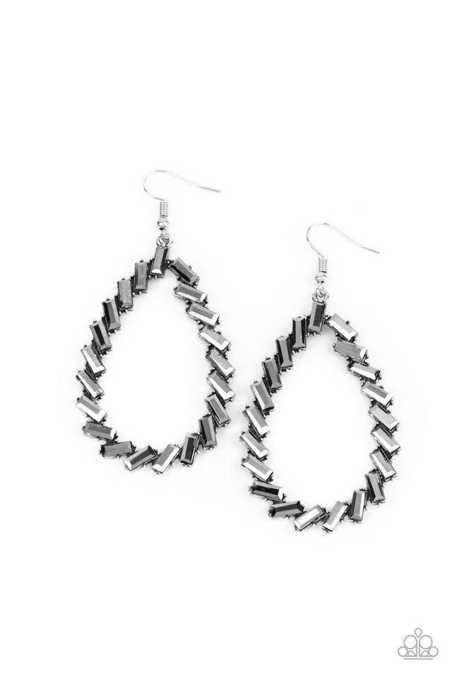Striking RESPLENDENCE - Silver - Paparazzi Earring Image
