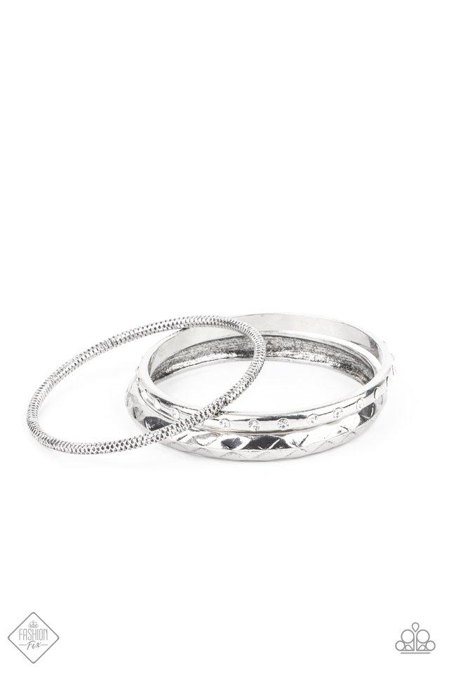 Confidently Curvaceous - White - Paparazzi Bracelet Image