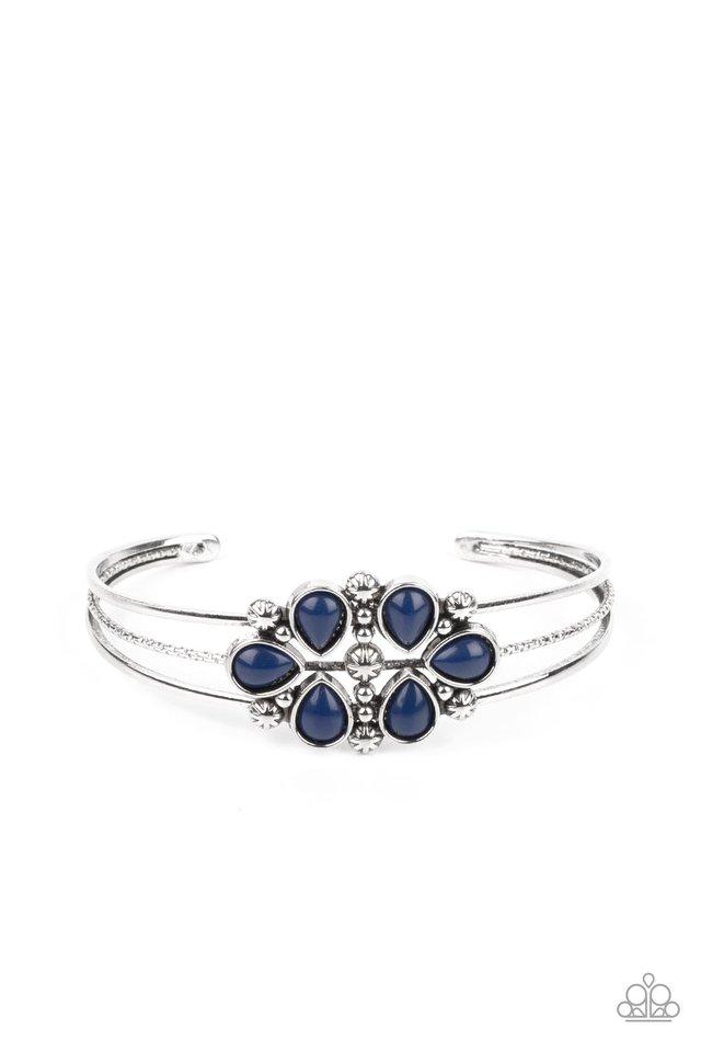 Taj Mahal Meadow - Blue - Paparazzi Bracelet Image