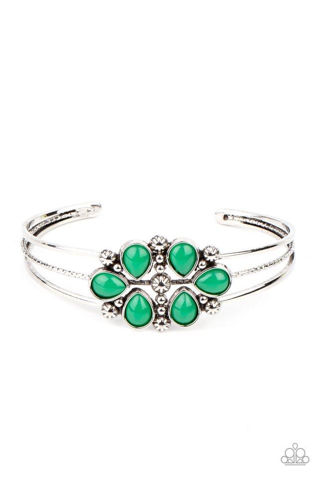 Taj Mahal Meadow - Green - Paparazzi Bracelet Image