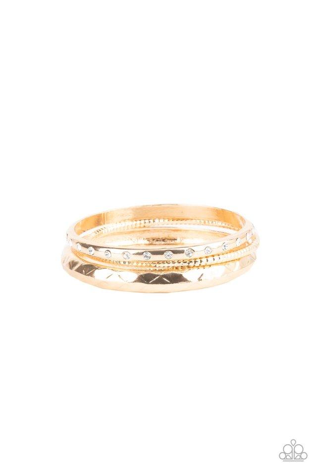 Confidently Curvaceous - Gold - Paparazzi Bracelet Image